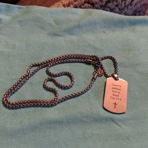 Stainless steel necklace with tag